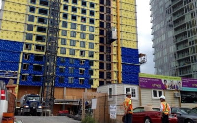 ENVIE – Some developers shifting to rentals as condo market softens